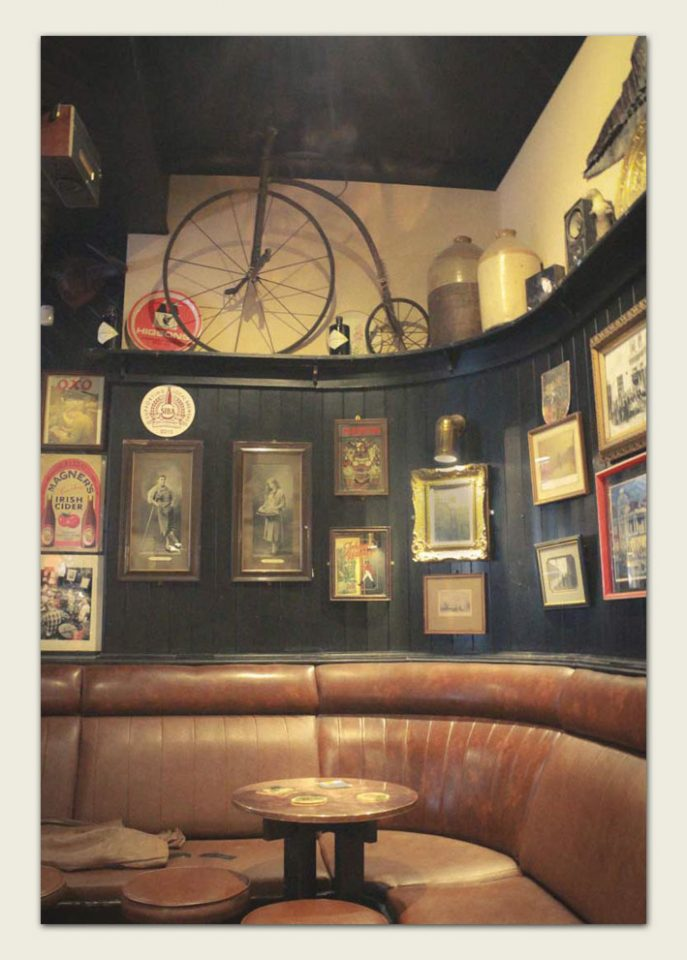 Inside Peter Kavanaghs Pub