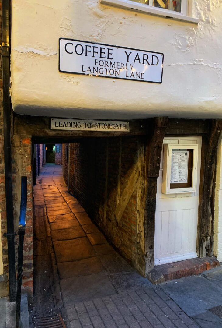 Coffee Yard - a snickelway in York