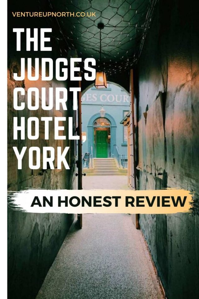 Looking for somewhere to stay in York? Read an honest review of our stay in The Judges Court. #york #yorkshire #judgescourt
